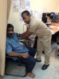السعودية : القبض علي عامل نظافة عقب أنتحاله شخصية طبيب